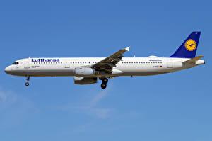 Fotos Airbus Flugzeuge Verkehrsflugzeug Seitlich A321-200, Lufthansa