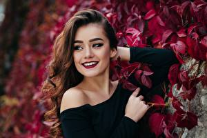 Wallpapers Brown haired Smile Staring Hands Shrubs Makeup Bokeh young woman