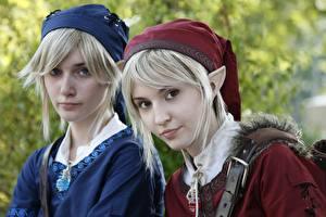Bilder Elfen Cosplay 2 Blond Mädchen Mütze Starren