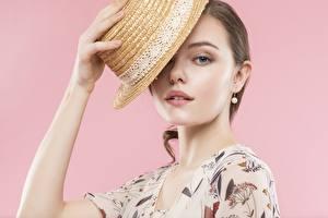 Bilder Rosa Hintergrund Der Hut Blick Hand Braune Haare Mädchens