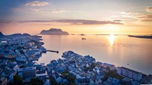 Images Sunrises and sunsets Sea Norway Horizon From above  Cities