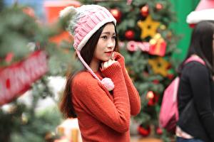 Images Asian Bokeh Winter hat Sweater Glance Hands young woman