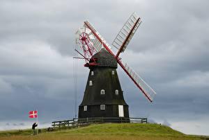 デスクトップの壁紙、、デンマーク、丘、風車、旗、Langeland、