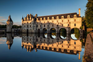 Wallpapers France Castles Rivers Reflection Tower Chateau de Chenonceau, River Cher Cities pictures images