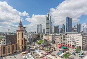 Desktop hintergrundbilder Frankfurt am Main Deutschland Wolkenkratzer Kirchengebäude Platz St. Catherine's Church Städte