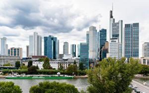 Bilder Deutschland Frankfurt am Main Gebäude Fluss Seebrücke Städte