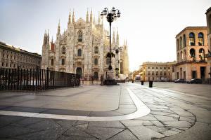 Bilder Italien Kathedrale Platz Straßenlaterne Zaun Piazza del Duomo, Milan, Milan Cathedral