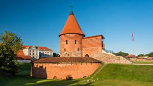 Fonds d'écran Lituanie Kaunas Château fort Tour (édifice) Kaunas Castle