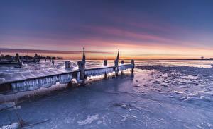 Hintergrundbilder Niederlande Küste Schiffsanleger Winter Abend Eis Durgerdam