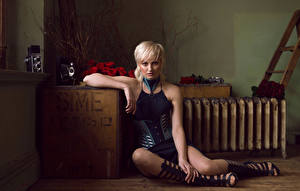 Photo Roses Blonde girl Sitting Staring Legs Jess Wilcock young woman Flowers