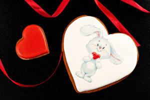 Wallpaper Valentine's Day Cookies Rabbits Black background Heart Design Food