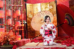 Fonds d'écran Asiatique S'asseyant Kimono Parapluie Lanterne Filles