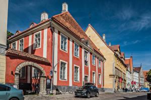 Hintergrundbilder Estland Tallinn Haus Menschen Straße Städte