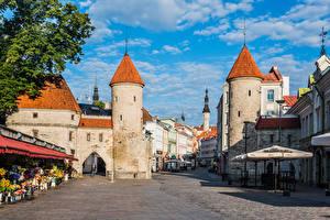 Hintergrundbilder Estland Tallinn Türme Stadtstraße Viru Gate