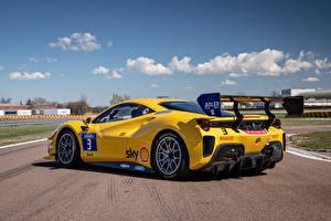 Bakgrunnsbilder Ferrari Gul Metallisk 488 Challenge Evo, 2020 Biler