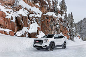 Image General Motors Company CUV White Metallic Snow Crag Terrain AT4, 2021 auto