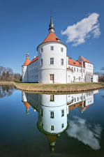 Wallpapers Germany Castle Pond Tower Reflected  Cities