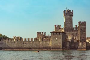 Bilder Italien See Burg Sirmione, Lombardy, Brescia, Lake Garda Städte