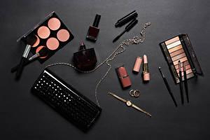 Bilder Lippenstift Kosmetik Uhr Grauer Hintergrund Pinsel Parfüm