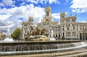 Fonds d'écran Madrid Espagne Fontaine Lion Sculptures Sibeles Fountain, Prado Boulevard, Sibeles Palace