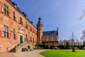 Fotos Niederlande Burg Türme Rasen Huis Bergh castle, Bergh