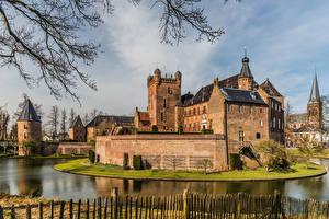 Bilder Niederlande Burg Turm Kanal Huis Bergh castle, Bergh