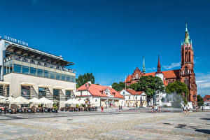 Wallpapers Poland Building People Church Town square Tower