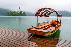 Pictures Slovenia Lake Boats Fog Lake Bled Nature