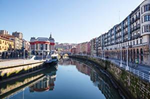 Hintergrundbilder Spanien Fluss Waterfront Straßenlaterne Bilbao, Biscay, Nervion River