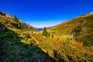 Fonds d'écran Suisse Montagne Ciel Prairies Alpes Vallée  Nature