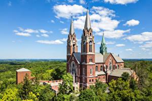 Fondos de Pantalla EE.UU. Iglesia Nube árboles Wisconsin, Erin Ciudades imágenes