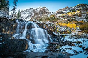 Hintergrundbilder Vereinigte Staaten Berg Wasserfall Stein Felsen Kalifornien Lundy Canyon Natur