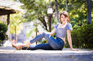 Pictures Asian Sit Jeans Blouse Glance Girls