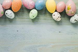 Bilder Ostern Bretter Ei Mehrfarbige Vorlage Grußkarte Lebensmittel
