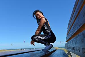 Wallpaper Fitness Side Brunette girl Smile Uniform female