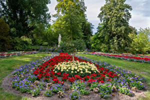 Bakgrunnsbilder Tyskland Potsdam Parker Georgineslekta Skulptur Design Trær Park Sanssouci Natur