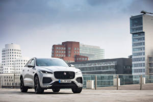 Wallpaper Jaguar Houses Silver color Metallic F-Pace P400e R-Dynamic AWD, Worldwide, 2020 -- Cars