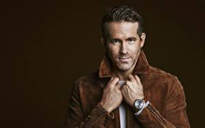 Wallpapers Ryan Reynolds Man Watch Jacket Hands Glance Celebrities