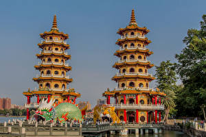 Bakgrunnsbilder Taiwan Pagode Skulptur Tigre To 2 Dragon and Tiger Pagodas Byer