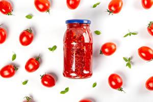 Fondos de Pantalla Tomate El fondo blanco Tarro de vidrio Ketchup Alimentos imágenes