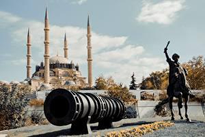 Hintergrundbilder Türkei Moschee Skulpturen Pferd Kanone Selemiye Mosque, Edirne Städte