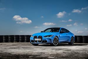 Bilder BMW Hellblau Metallisch Coupe M4 Competition xDrive, Worldwide, (G82), 2021