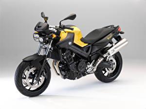 Обои BMW - Мотоциклы Желтая F 800 R, 2009–11 мотоцикл