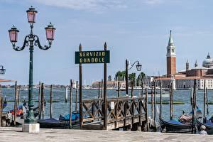 Bilder Italien Seebrücke Straßenlaterne Türme Venedig
