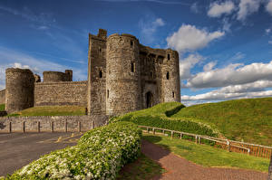 Bilder Vereinigtes Königreich Burg Wales Turm Kidwelly Castle Städte