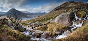 Hintergrundbilder Vereinigtes Königreich Gebirge Stein Parks Panorama Wales Bäche Snowdonia