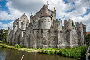 Wallpaper Belgium Ghent Castles Pond Fence Gravensteen (Castle of the Counts) Cities