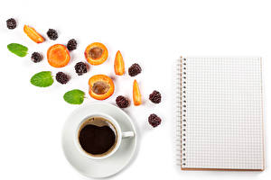 Pictures Coffee Apricot Blackberry White background Template greeting card Cup Sheet of paper Food