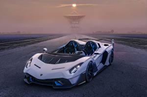 Fotos & Bilder Lamborghini Roadster Weiß 2020-21 SC20 Autos