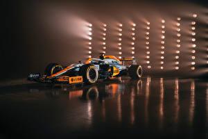 Fonds d'écran McLaren Formule 1 MCL35M with a special Gulf livery, 2021 Voitures